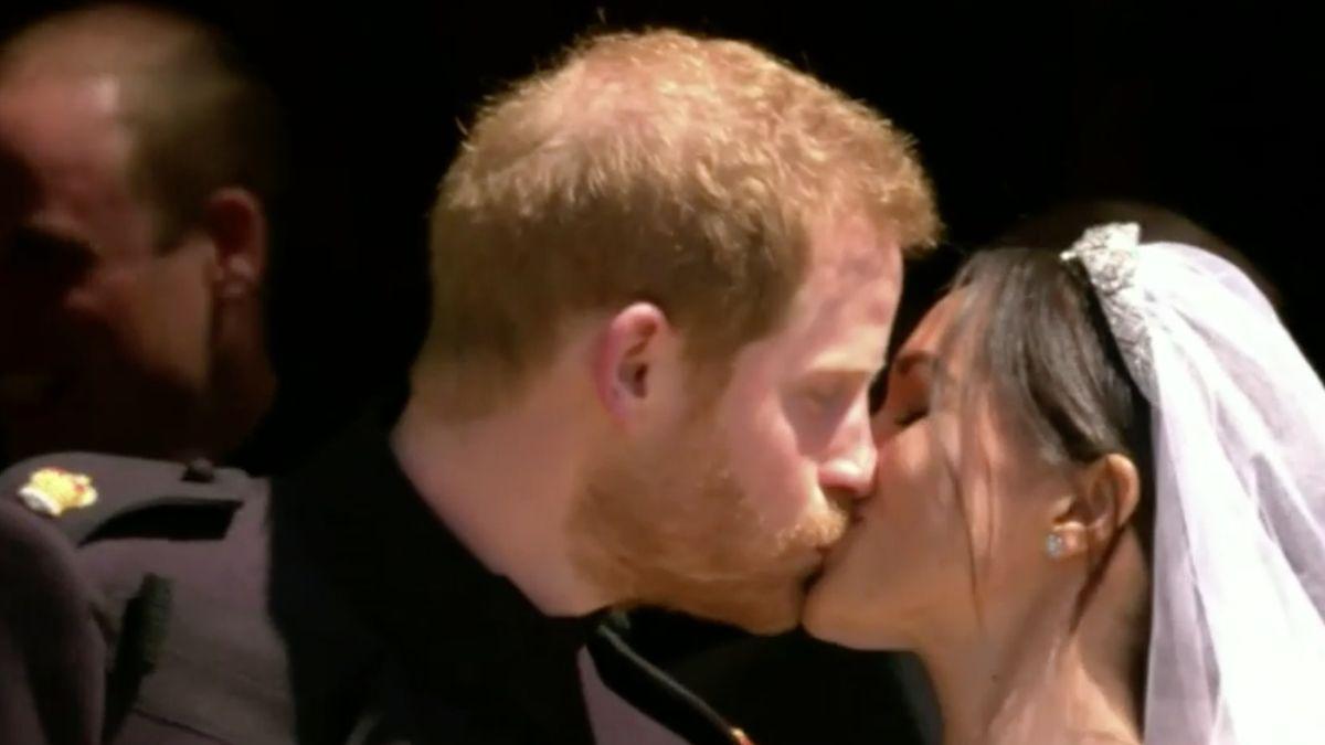 Královská svatba: Princ Harry a Meghan Markleová jsou manželé