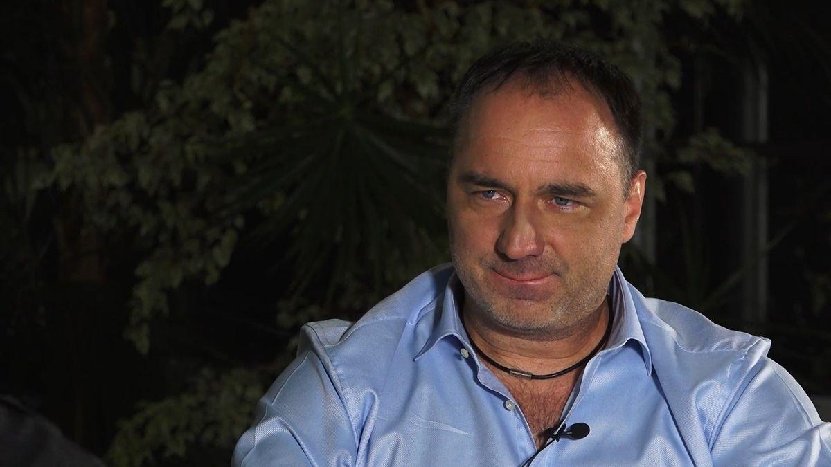 To bych nebyl já, abychom i se Slavií nehráli tak trochu harakiri fotbal, říká trenér Trpišovský