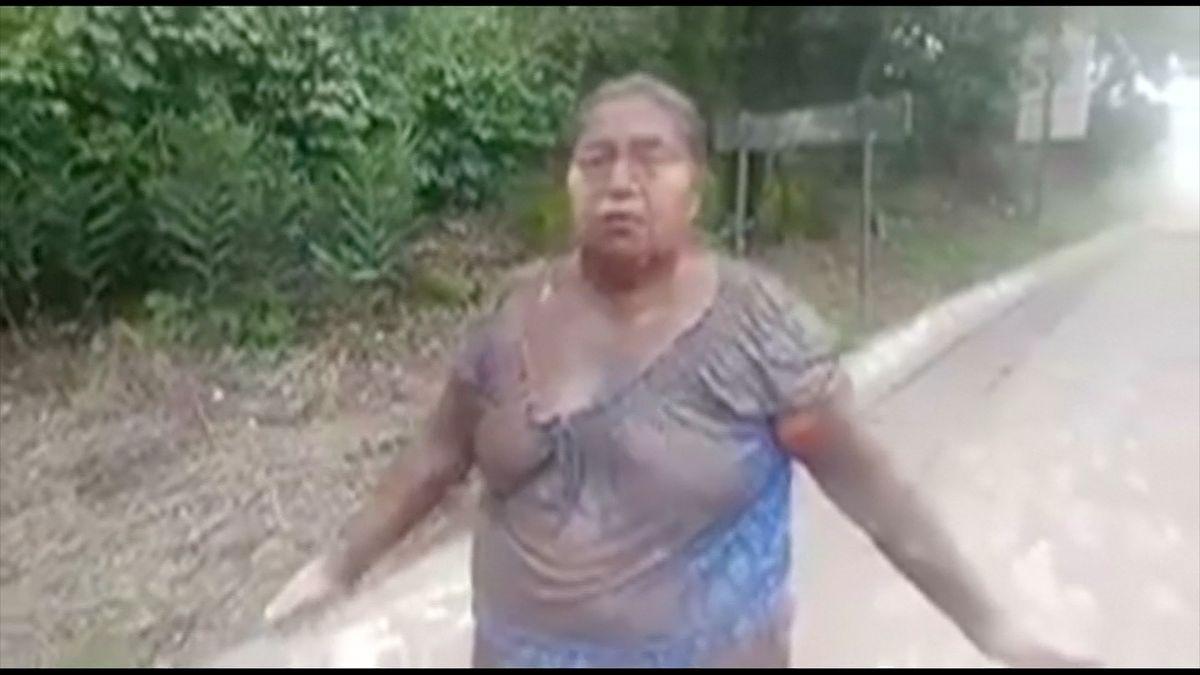"""""""Láva tekla přes pole, moji rodinu zasypal popel,"""" líčí svědkyně zkázu guatemalské vesnice"""
