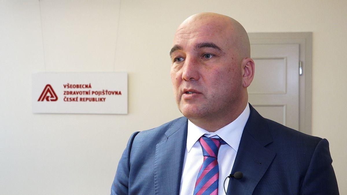 Šéf největší pojišťovny VZP dostane odměnu 1,282milionu korun