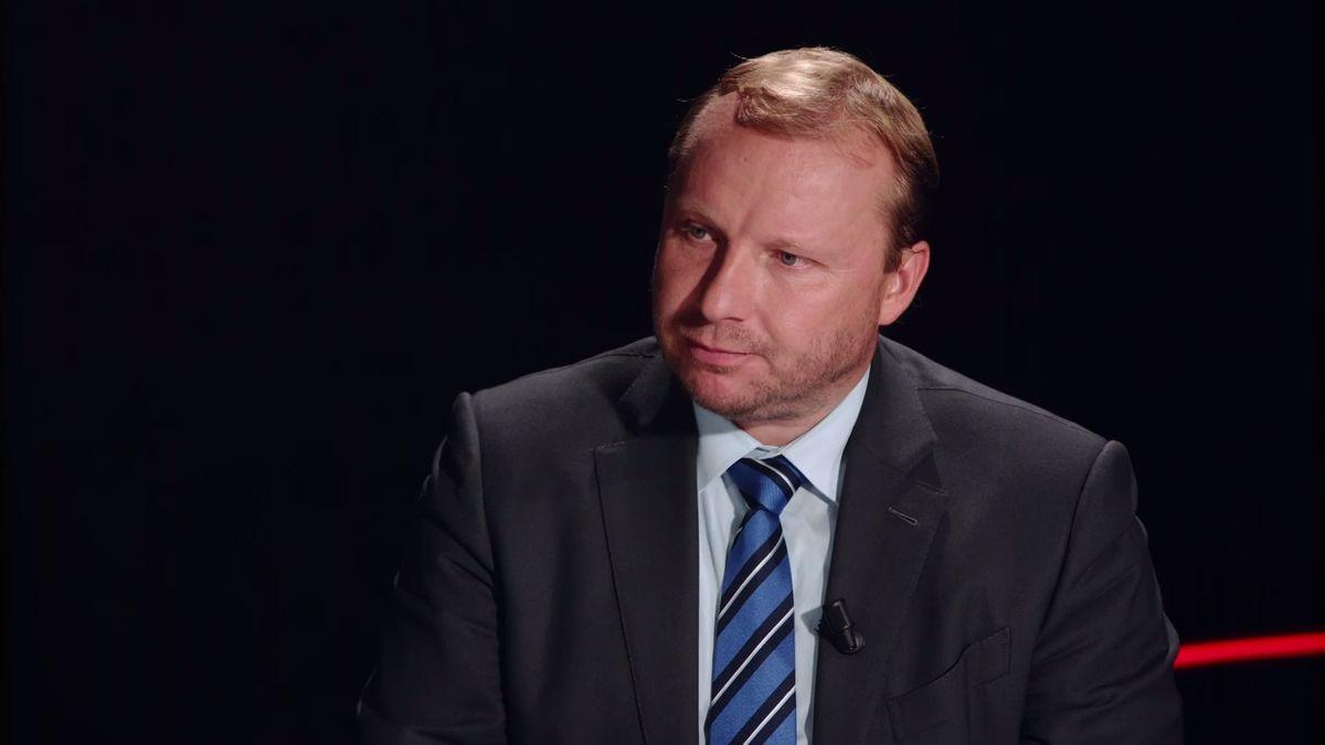 Poche skončí jako politický tajemník na ministerstvu klistopadu