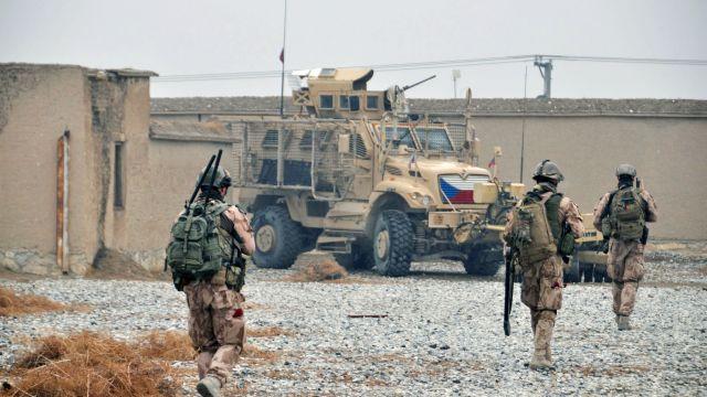 ČT: Čeští vojáci chtějí v Afghánistánu dopadnout strůjce útoku