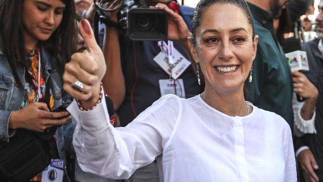 Mexičané zvolili poprvé v historii do čela metropole ženu