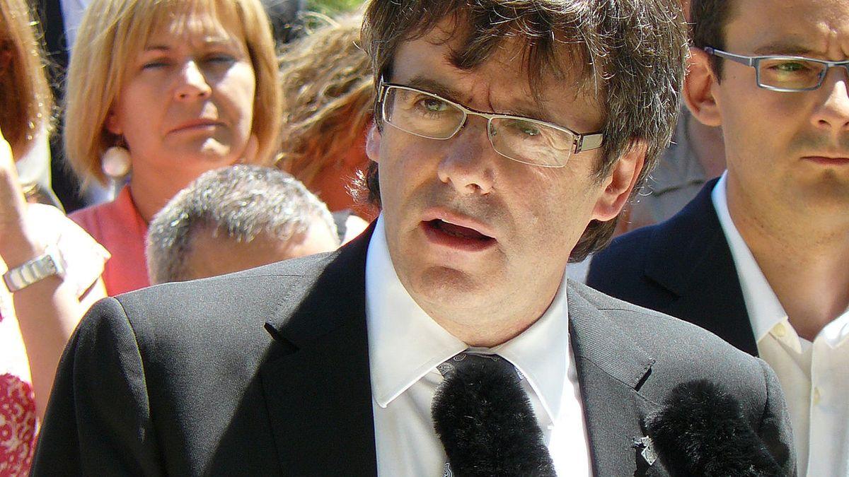 Španělský nejvyšší soud zrušil žádost o vydání katalánského expremiéra Puigdemonta do vlasti
