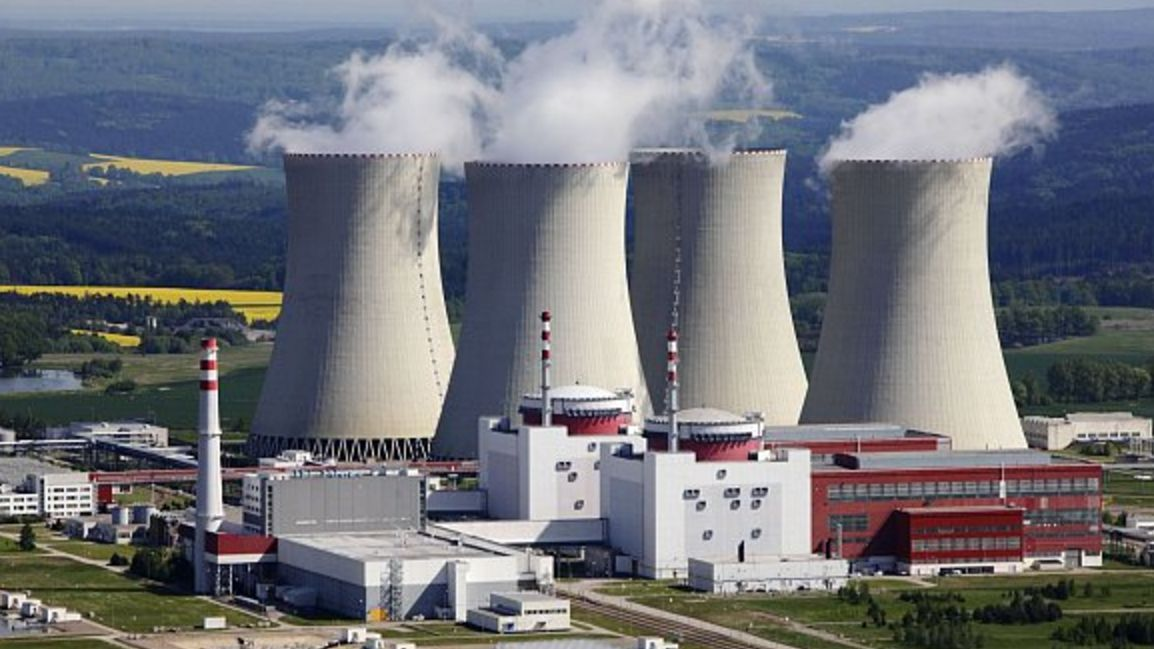 Budeme stavět jaderné bloky, ikdybychom měli porušit evropská pravidla, řekl Babiš