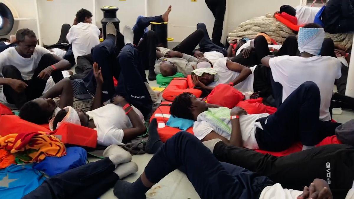 Itálie dělá tečku za lodí Aquarius. Plánuje reformu evropského azylového systému