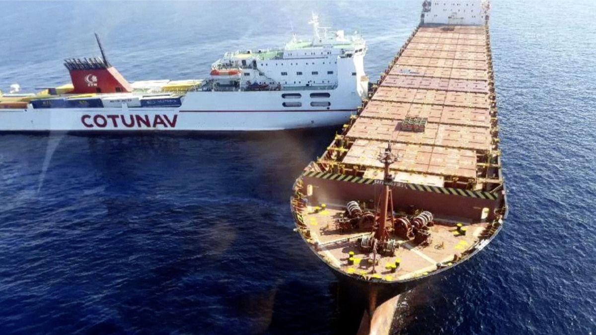 Poblíž Korsiky se srazily nákladní lodě, Francie sItálií zasahují proti úniku paliva