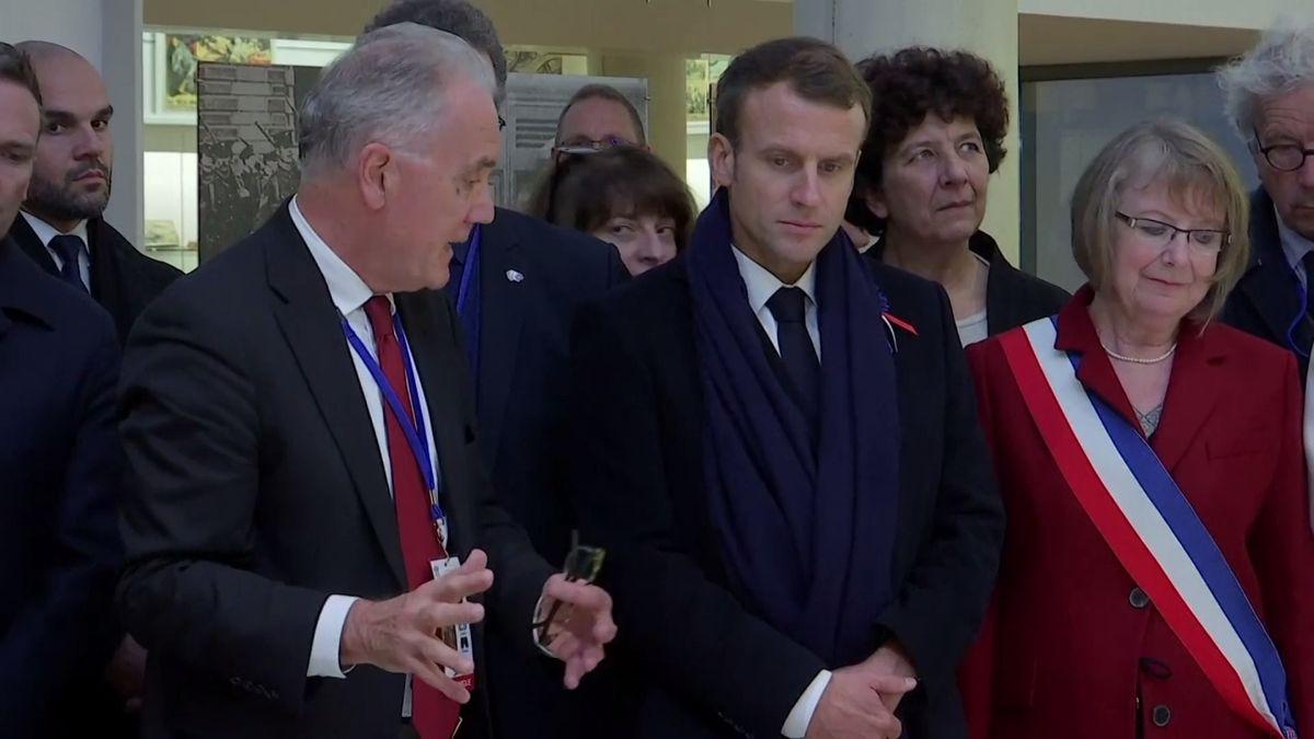 """Macron to schytal od Trumpa ještě před setkáním. """"Nápad na evropskou armádu je urážlivý"""""""