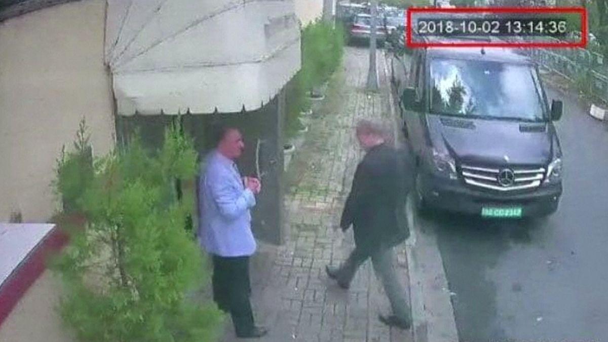 Uřezání prstů a hlasy Saúdů, turecká média zveřejnila přepisy zaudionahrávek Chašákdžího vraždy