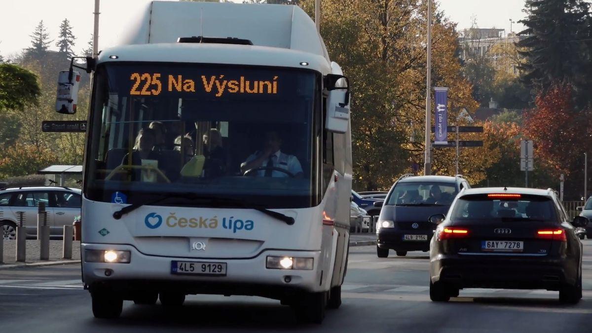Liberecký kraj zaplatí pokutu sedm milionů, potvrdil Rafaj. Kvůli autobusům