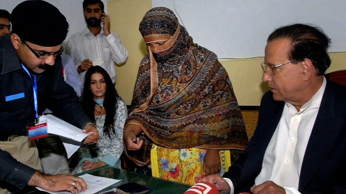 Pákistánský soud osvobodil křesťanku odsouzenou za rouhačství