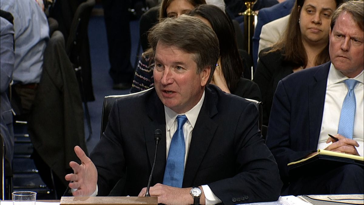 Kandidáta na soudce nejvyššího soudu USA Kavanaugha ze sexuálního obtěžování obvinila už druhá žena