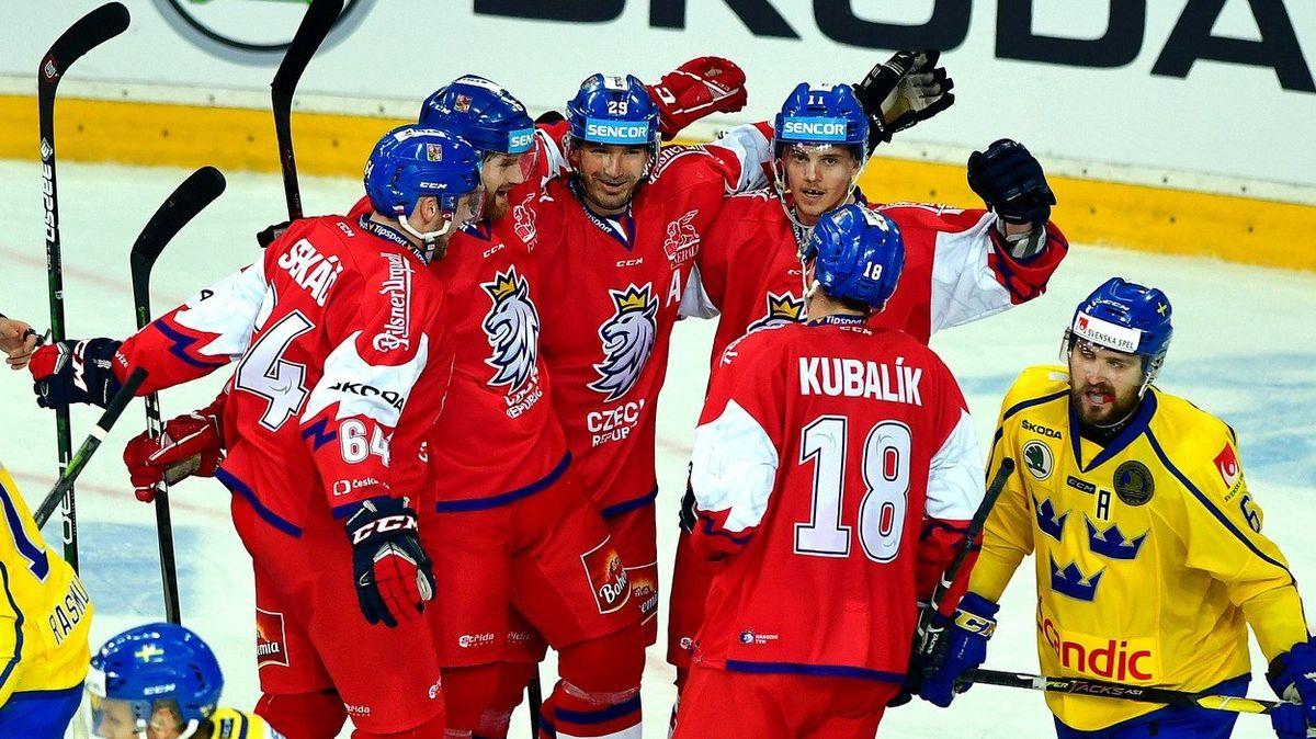 Český hokej vstoupil do další éry: Říha a spol. slyšeli potlesk, ikdyž vnových dresech prohráli