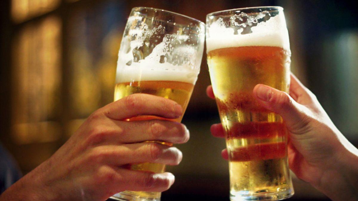 142litrů piva na osobu letos Češi nevypijí. Spotřeba spadne až opětinu