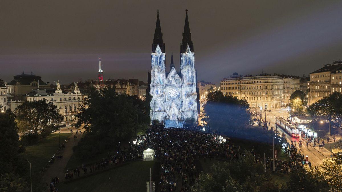 Signal festival rozzářil Prahu, tématem je letos 100let založení republiky