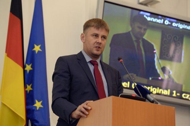 Petříček: Chci do vedení ČSSD. Pokud to nevyjde, zvážím, jestli budu dál ministrem