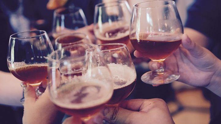 Měsíc bez alkoholu je pro Čechy výzva. Máte pití pod kontrolou?