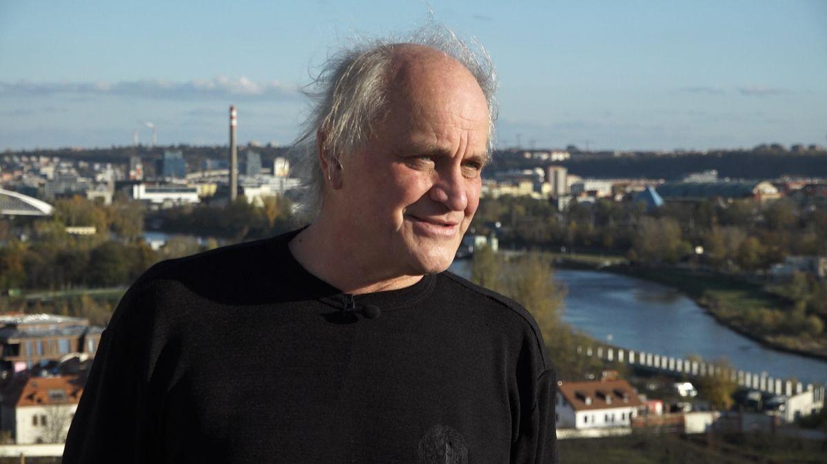 Olga Sommerová natáčí film orockerovi a politikovi Michaelu Kocábovi