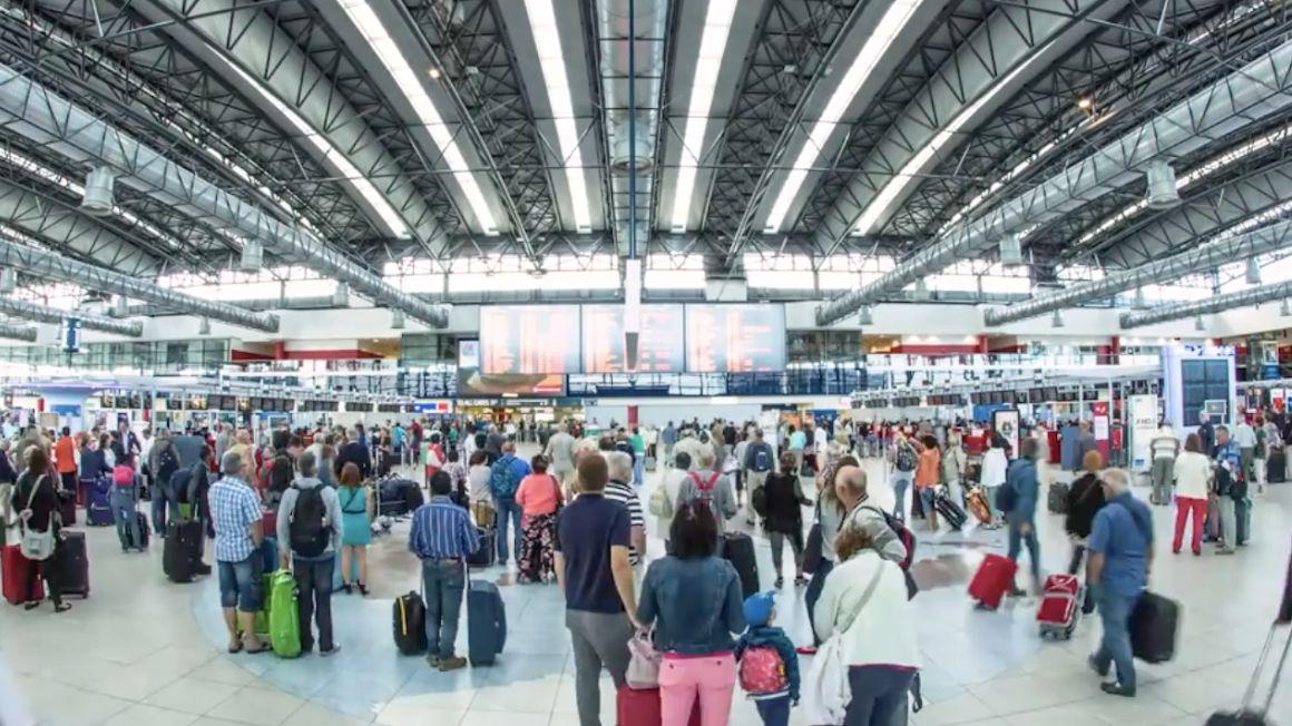 ZPrahy až na letiště vBejrútu se dostala atrapa bomby, píše tisk vLibanonu