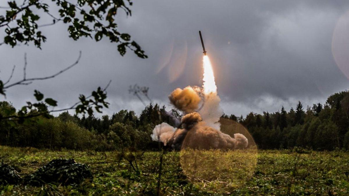 NATO: Rusko porušuje dohodu oraketách. Odtikává 60dnů do jejího vypovězení