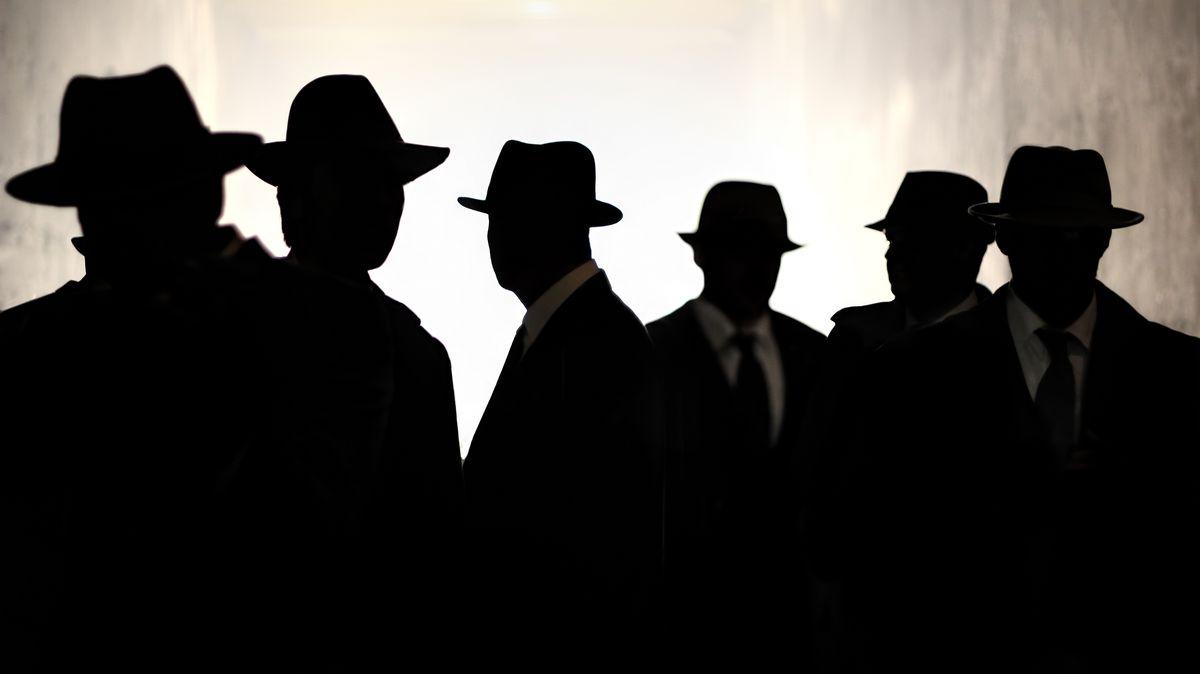 Ruská ambasáda vPraze jako brána špionů na Západ. Měli bychom se zbavit ruských diplomatů?