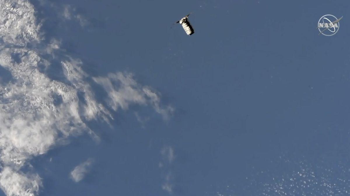 Podívejte se: Na ISS přistála nákladní loď Cygnus se zásobami a materiálem