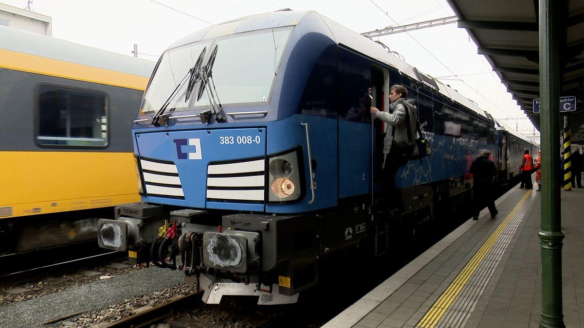 Vlakem dvoustovkou. Podívejte se, jak chtějí čeští železničáři dohánět Evropu