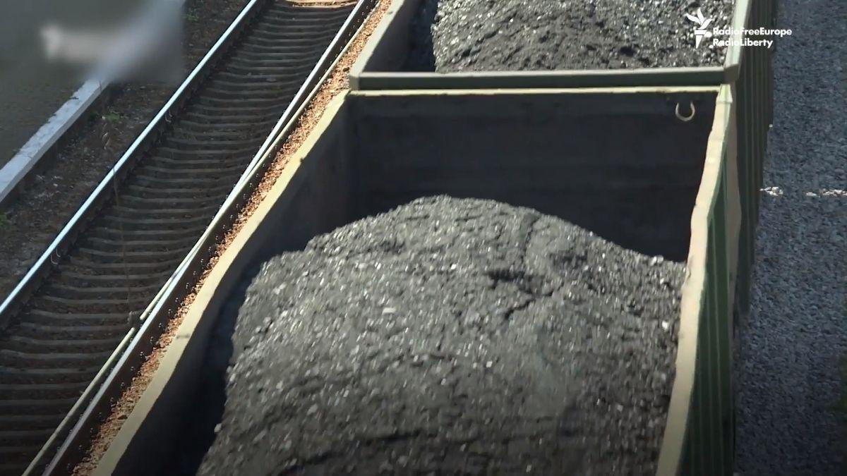 Ukrajinská vláda viní Rusko, že krade uhlí zDonbasu. Důkaz? Potopená loď