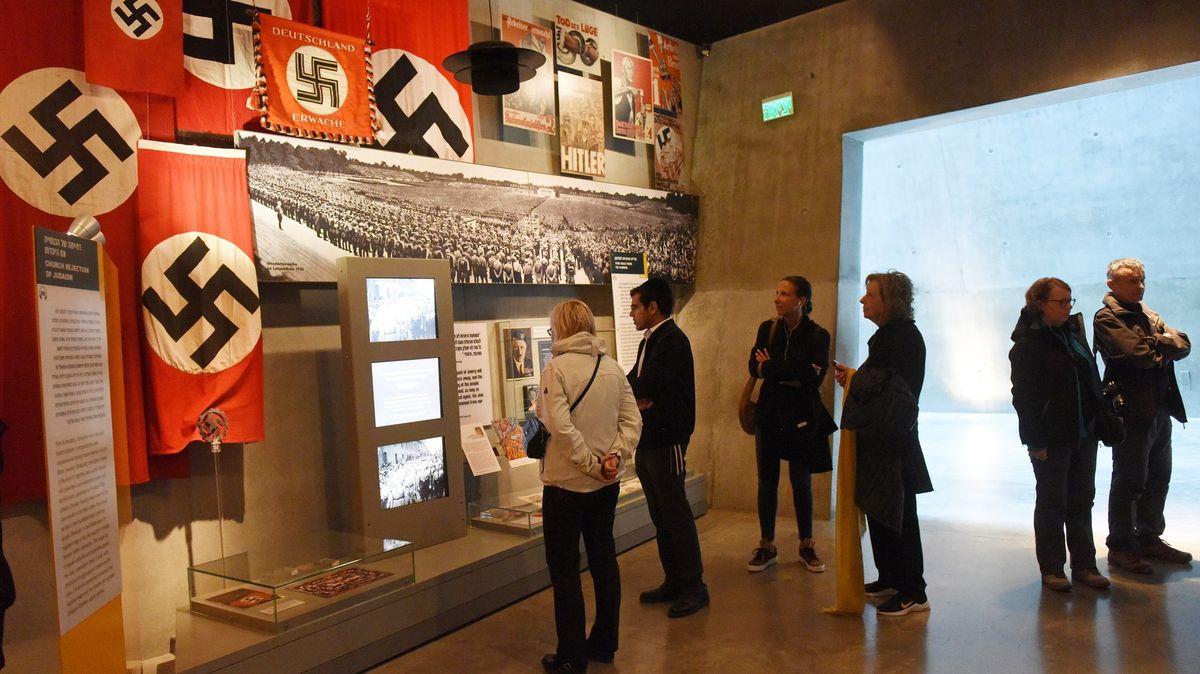 VČesku antisemitismus roste hlavně na internetu, říká zmocněnec pro holokaust