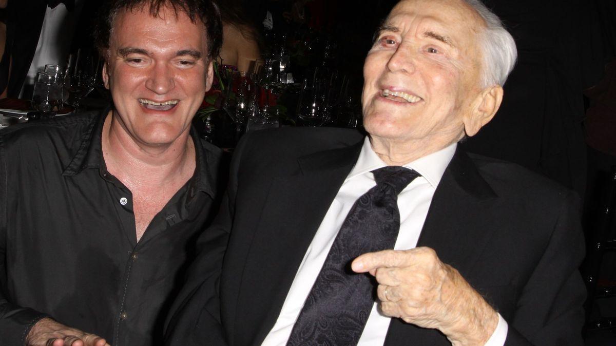 Ve věku 103let zemřel americký herec Kirk Douglas