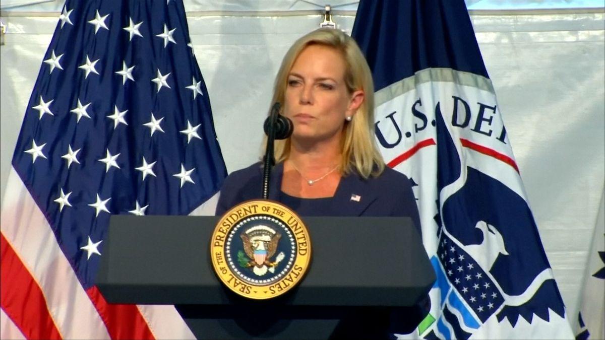 Další rezignace vTrumpově administrativě. Končí ministryně Nielsenová