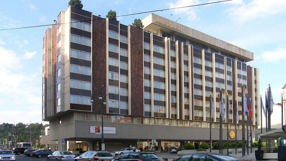 Ministerstvo posuzuje možnou památkovou ochranu Intercontinentalu