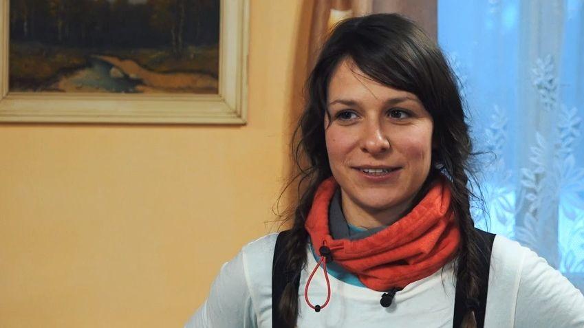 Intimní zpovědi: Úderem třicítky mě odvezla sanitka. Veronika Khek Kubařová onálepce hodné holky. Aproč před svatbou tekla krev?