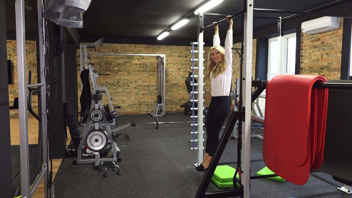 Porady vestoje, fitness centrum zdarma iuniverzita. Nahlédli jsme do firmy, kde se vyrábí práškové jídlo Mana