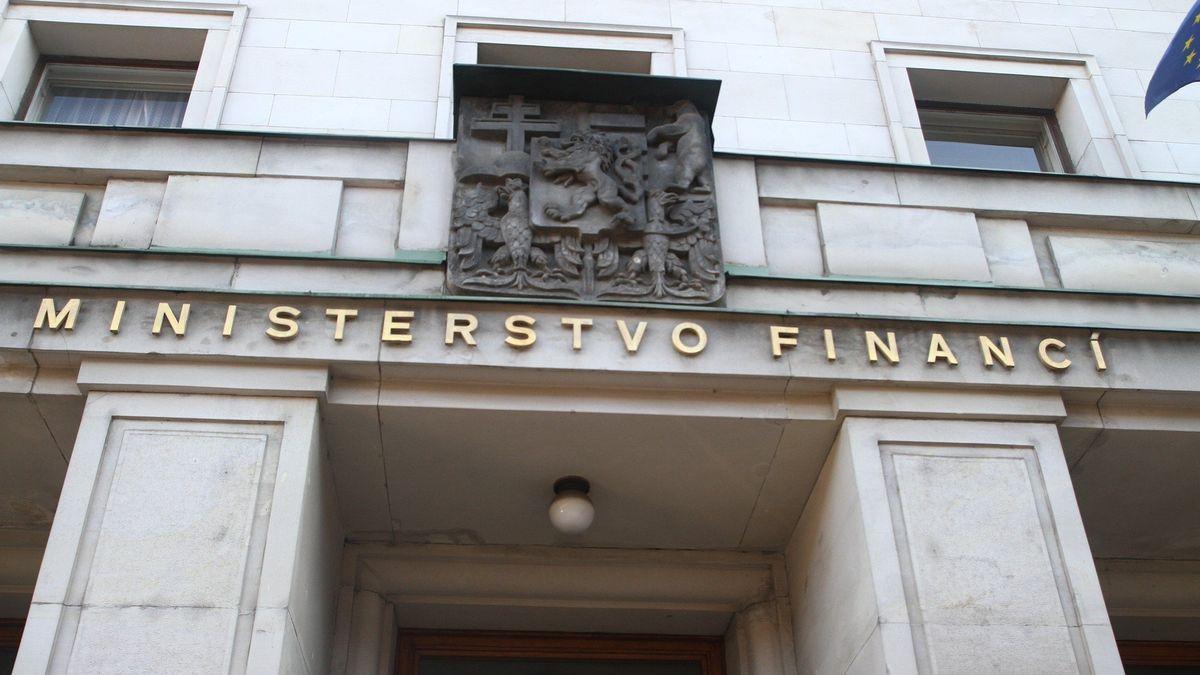 Ministerstvo financí navrhuje pozastavit elektronickou evidenci tržeb