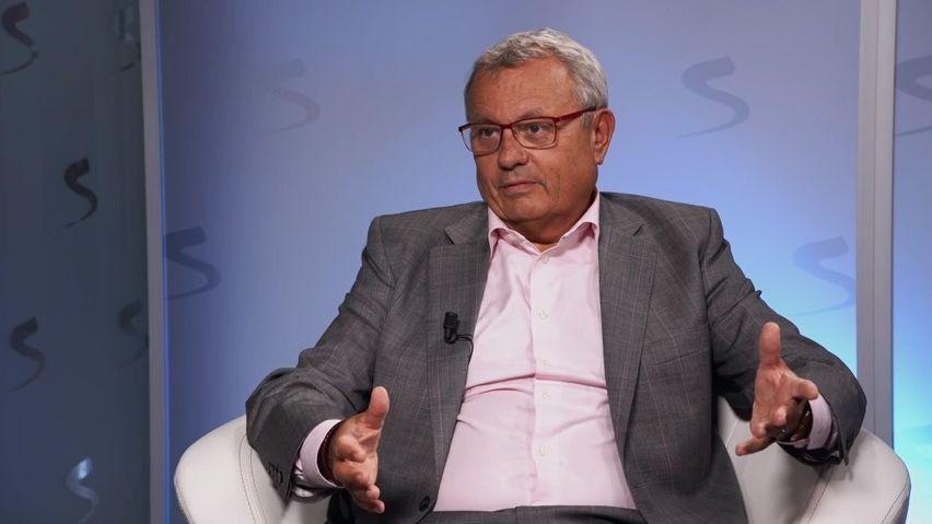 Český kandidát Dlouhý vypadl zboje opost šéfa OECD