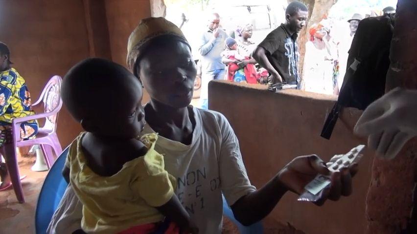 VAfrice testují vakcíny proti malárii. Můžou zachránit desítky tisíc dětí