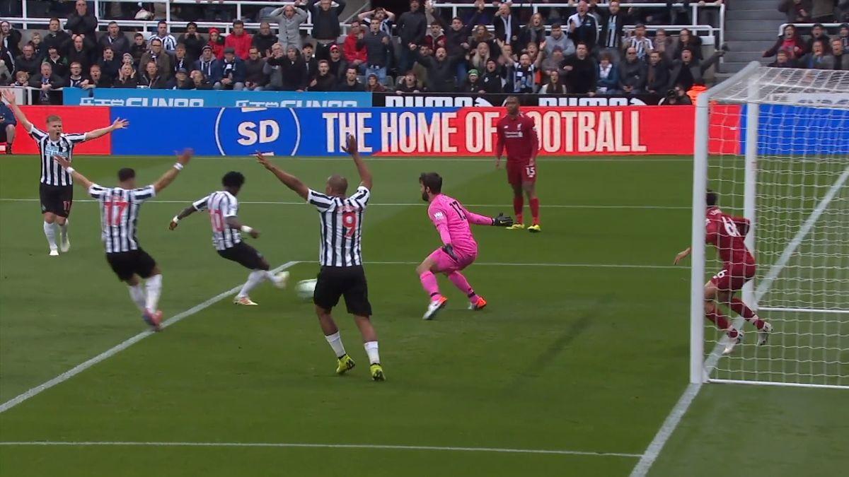 Top Fotbal: VBundeslize téměř rozhodnuto, souboj Liverpool-City jde do finále