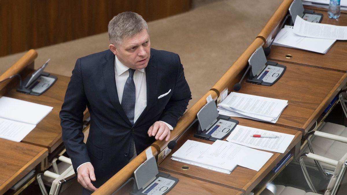 Slovenská policie obvinila Fica kvůli rasismu, na imunitu se spoléhat nemůže
