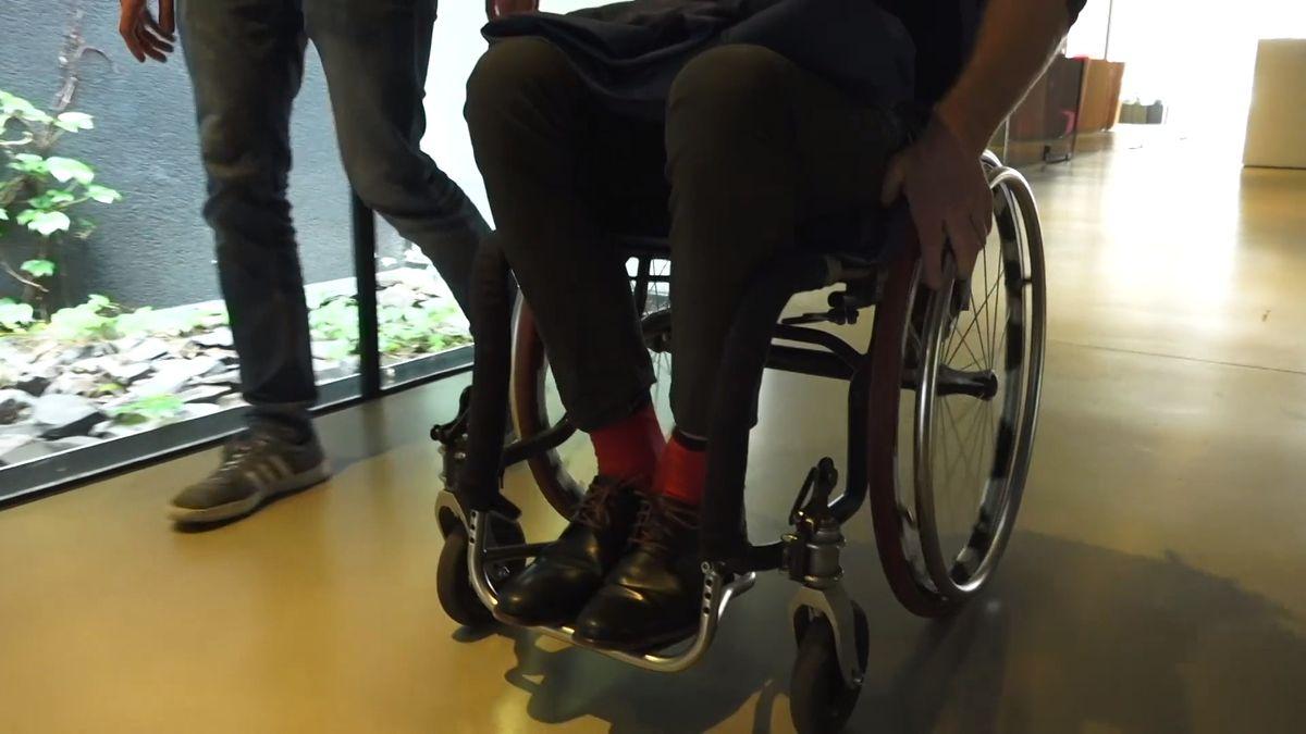 VHumpolci představili turisté trasu pro vozíčkáře, první vkraji
