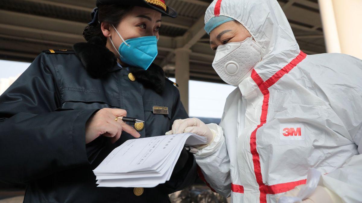 Je nový virus nebezpečnější než chřipka? Ta ročně vČesku zabije na 2000lidí