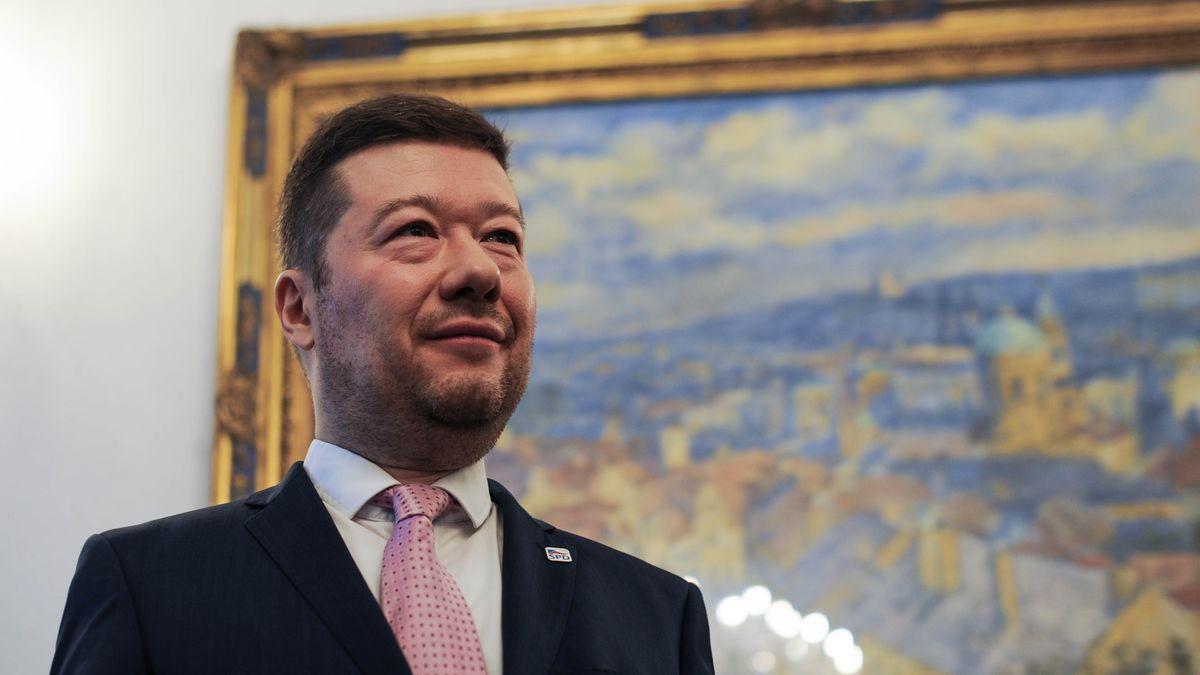 Okamura chce vAfghánistánu prodávat české zbraně. Absurdní, diví se kritici