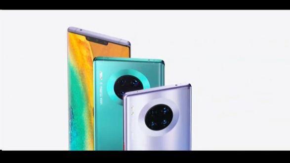 Život po Googlu: Huawei představuje nový telefon bez aplikací Google