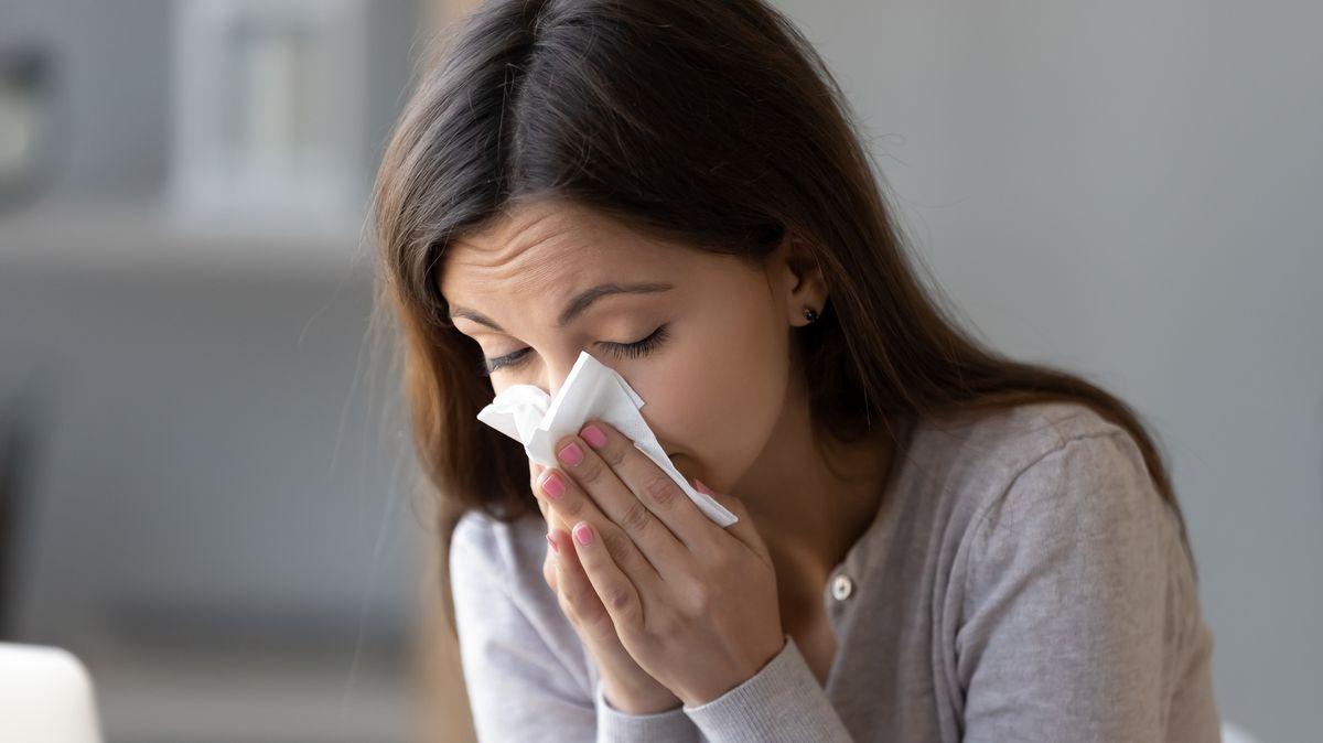 Covid-19, nebo alergie: Jak je od sebe poznat? Není to snadné!