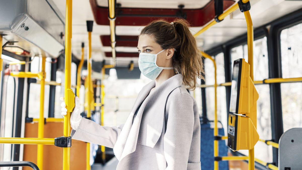 Vjihlavské MHD občas zkontrolují povinné zakrytí úst strážníci