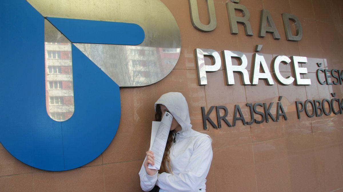 Ekonom: Česko má šanci na úspěšný restart, nezaměstnanost ale poroste