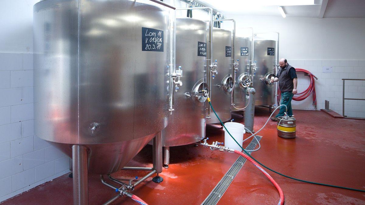 Příběh zralý na odškodné: Vtancích leží 10tisíc litrů piva, patrně půjde pryč