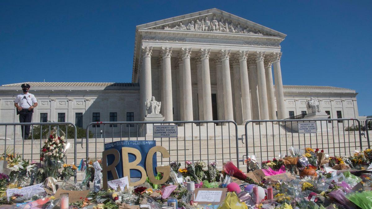 Smrt legendární soudkyně vyvolala další kolo bojů oamerický Nejvyšší soud