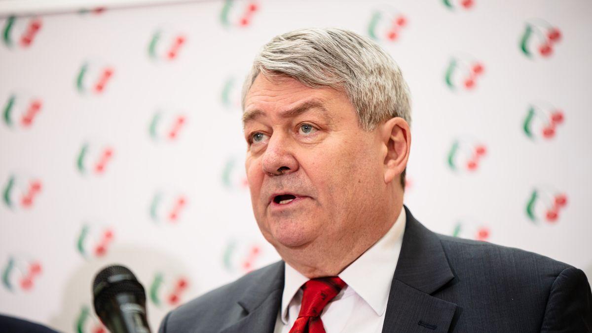KSČM Babišův plán na vznik státní banky zklamal. Tolerance vlády nebude