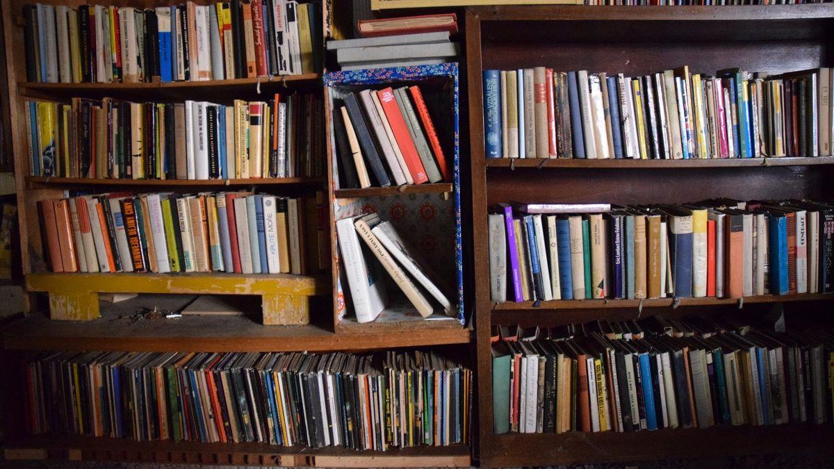 Proč si kupujeme knížky, které nečteme? Přece abychom byli šťastní